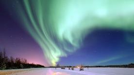 aurora-borealis-1181004_640